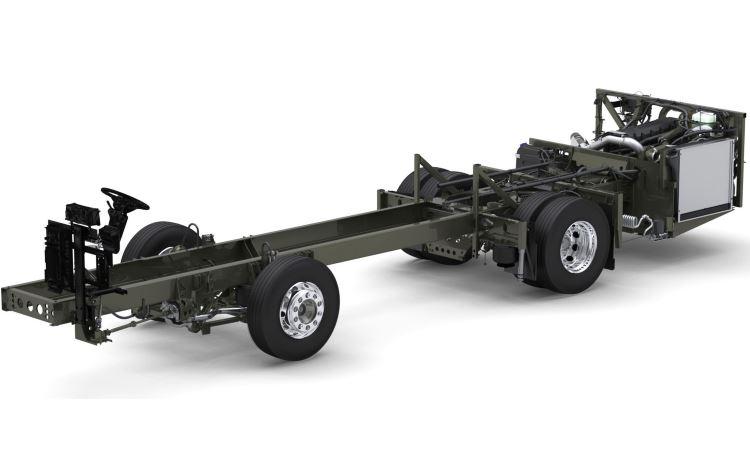Motor traseiro de 11 litros é o mesmo que equipa o mais potente B340R - Divulgação/Volvo