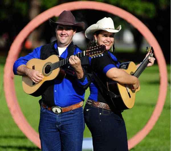 Os sertanejos Kleuton e Karen levara o prêmio com o disco 'A viola permanece' (Edílson Rodrigues/CB/D.A Press)
