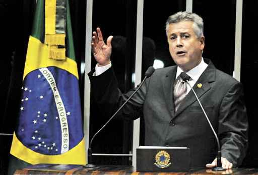 O senador Rodrigo Rollemberg subirá ao palanque com Marina Silva, a campeã de votos no DF em 2010 (Carlos Moura/CB/D.A Press - 23/4/13)