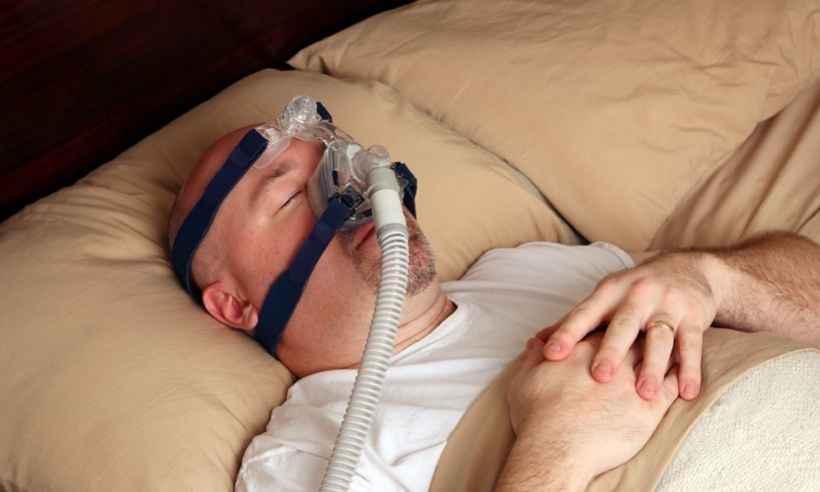 Como o CPAP ajuda a acabar com a apneia obstrutiva do sono