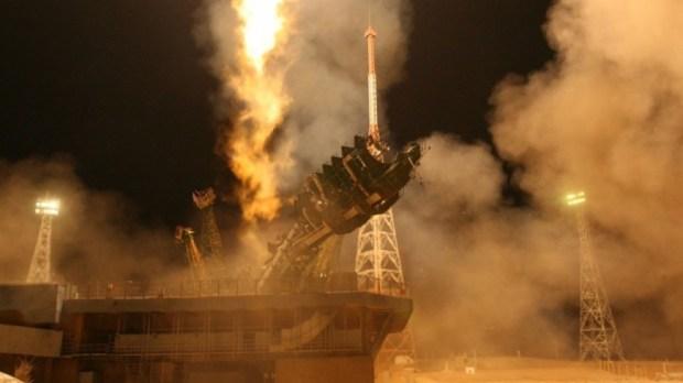 С космодрома Куру запущена ракета Ariane 5 со спутниками связи