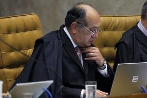 Ministro Gilmar Mendes durante julgamento do mensalão no Supremo Tribunal Federal, em Brasília