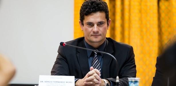 """Moro recebeu """"sinal verde"""" de Teori para retomar investigações contra o ex-presidente Lula"""