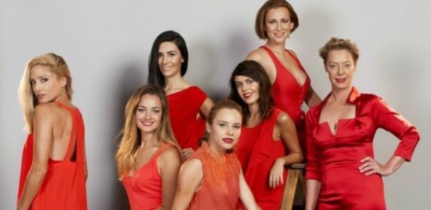 """Atrizes de novela do Chile posam para foto sem Photoshop de revista """"Ya"""" Ulises Nilo"""