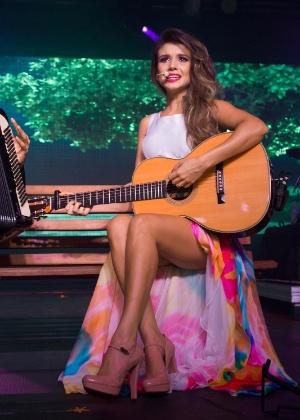 Paula Fernandes não gostou de notícia da Record sobre show cancelado