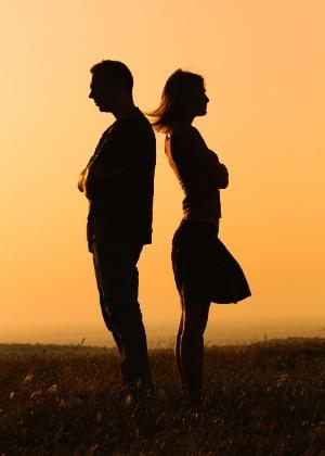 A pessoa deprimida fica muito dependente de receber atenção e troca muito pouco