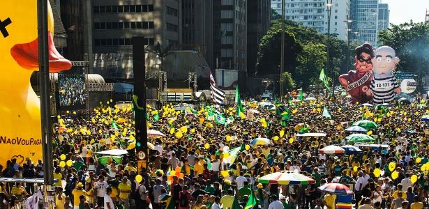 Grupos que apoiaram impeachment da ex-presidente Dilma voltam às ruas hoje (4)