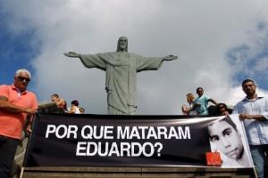 Ativistas da ONG Rio de Paz fizeram um protesto dias após a morte de Eduardo