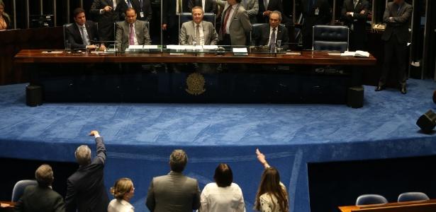 O que acontece se o impeachment for aprovado hoje? - André Dusek/ Estadão Conteúdo