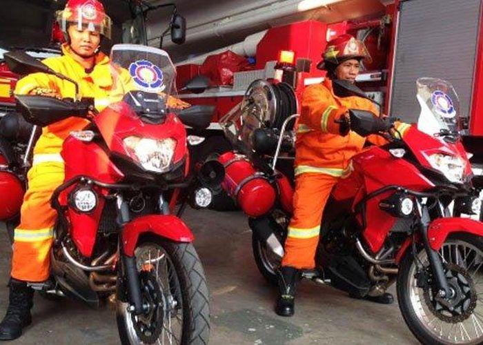 Kawasaki Versys 250 Jadi Orange Dijuluki Walang Kadung Bisa