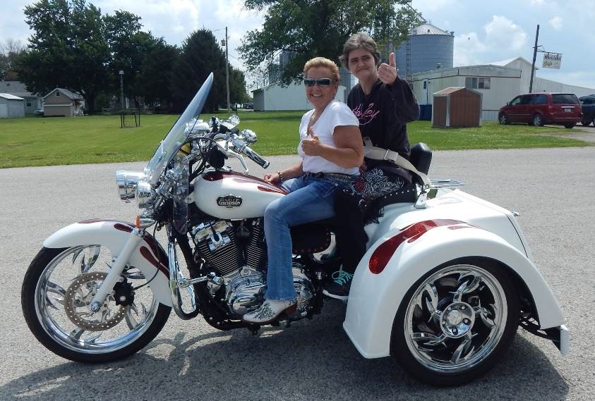 07-06-2017 Hospice fulls wish of patient -It was all thumbs up from Jana Zabel and Sharon Linback as she got her wish of getting a motorcycle ride.