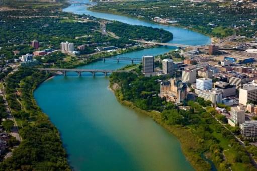 Cidade de Saskatoon que está contratando pessoas para trabalhar no Canadá