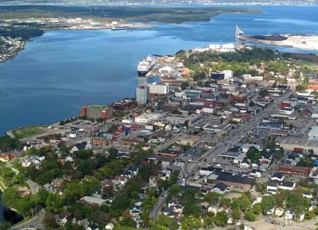 Vista aérea da Cidade de Sydney localizada na Ilha de Cape Breton, Nova Scotia, Canadá