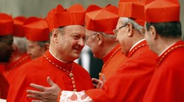 Nascido: 18 de Outubro de 1941, Lecco, Itália Ordenado padre a 28 de Junho de 1966 e bispo a 29 de Setembro de 2007