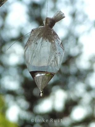 The plastic bag drop dripping empty © Imke Rust
