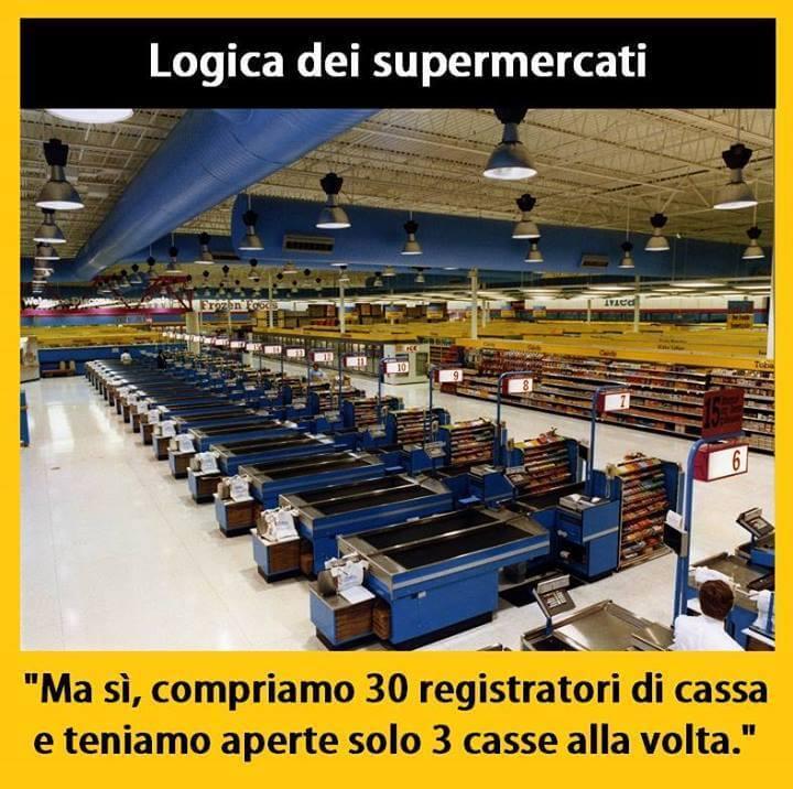 Supermercati poche casse