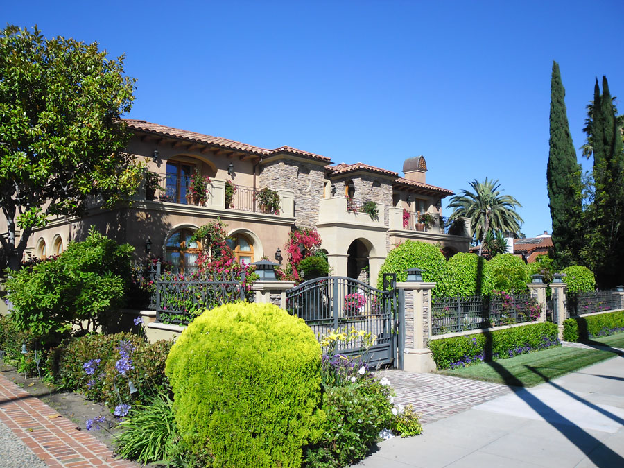 Beverly Hills - typical house