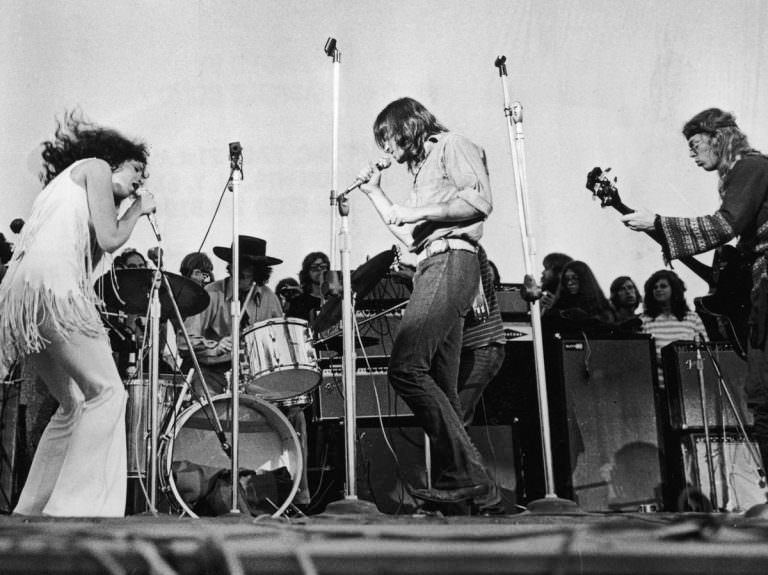 jefferson-airplane_woodstock-768x575.jpg