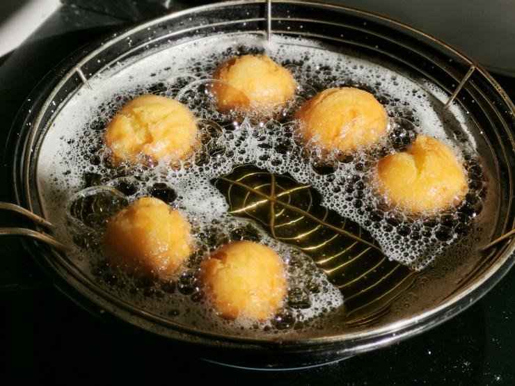 le castagnole di ImmersioneinCucina, frittura.