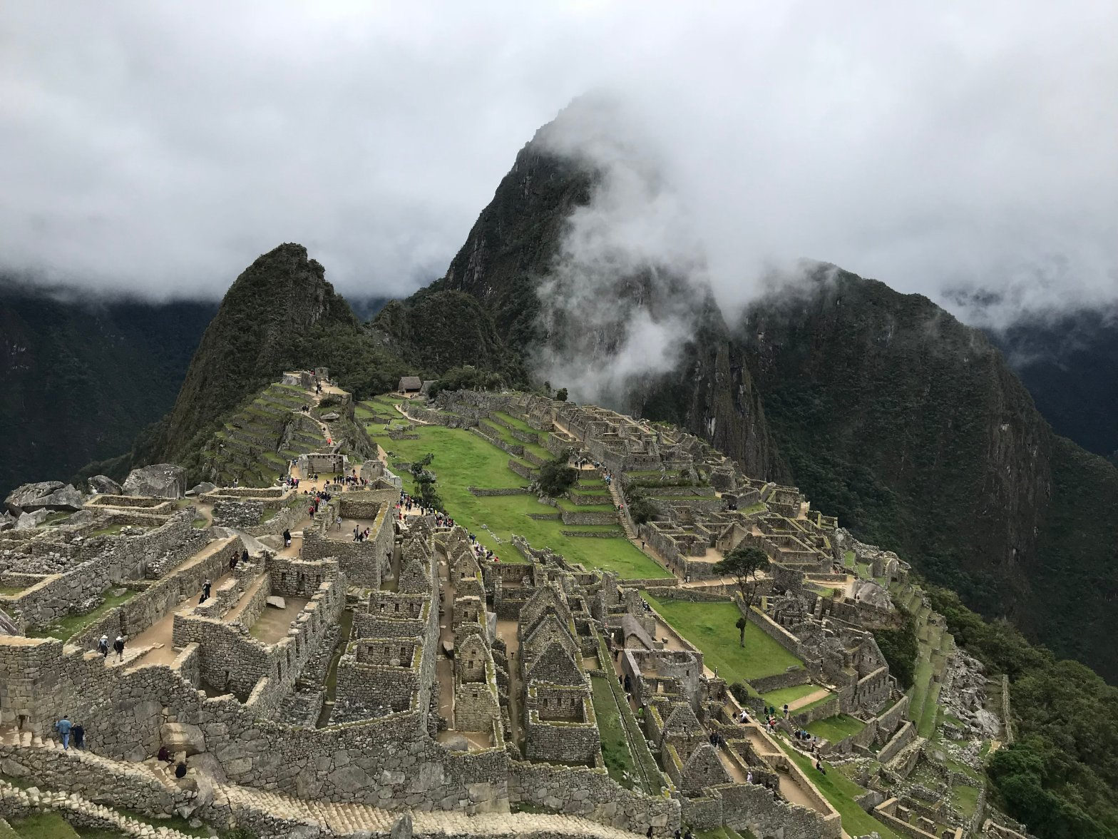 Immersive Travel Destination Ollantaytombo