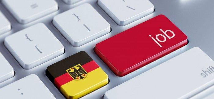 كيفية الحصول على عقد عمل من الشركات الأوروبية