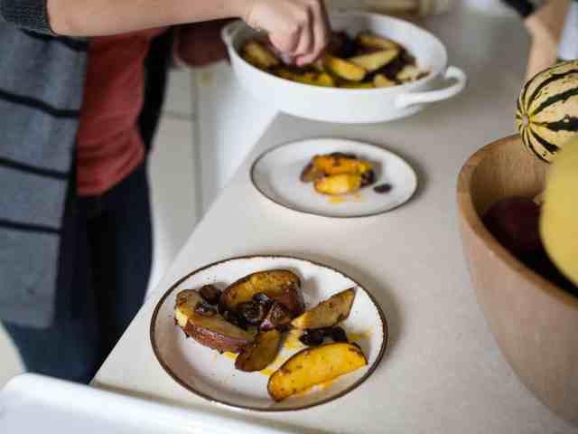 paprika potatoes and mushrooms, served