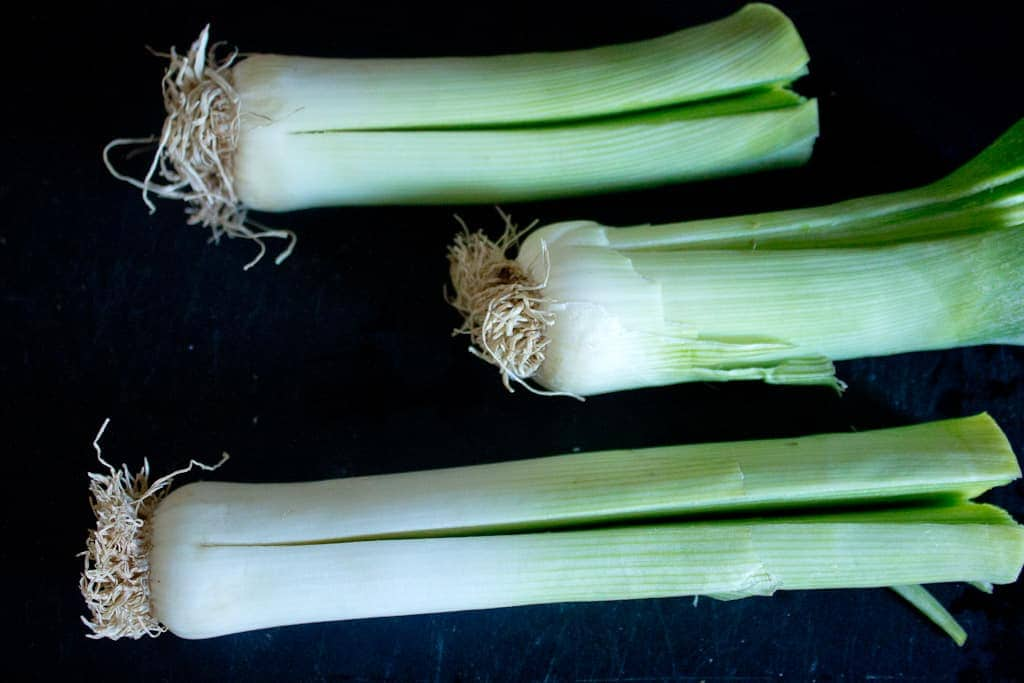 leeks for Mushroom and leek kugel