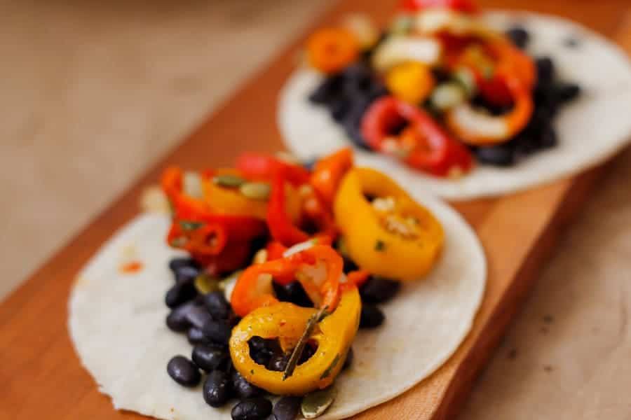 Black bean and sweet pepper salsa tacos