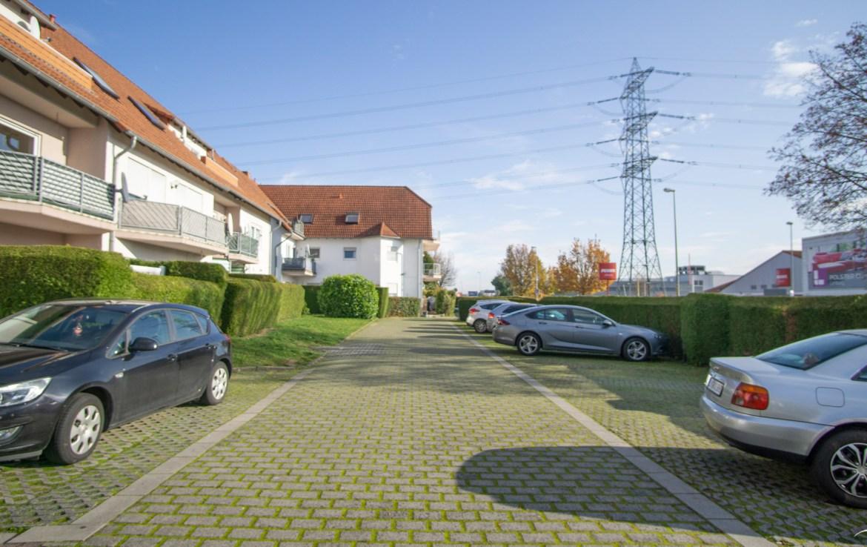 Immobilien Hahnefeld 79468349 Zuwegung