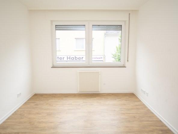 Immobilien-Hahnefeld-115184229-Schlafzimmer