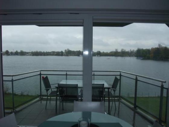 möblierte Luxus 3 Raum Wohnung Wasserblick Spandau Berlin 3 Zimmer Apartment - Immobilienfrontal.de