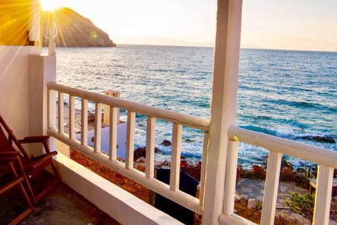 Grèce_ Maison en front de mer