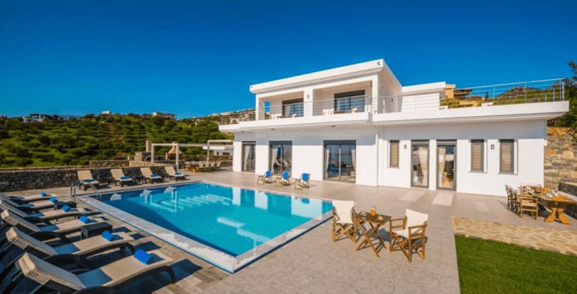 Villa moderne de 5 chambres avec grande piscine Grèce