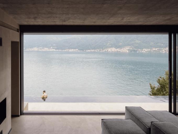 Lorenzo Guzzini construit une maison en pierre lac de come