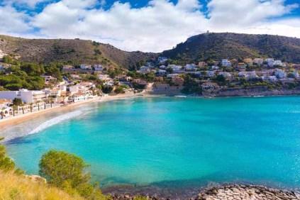 criques de la région de Valence avec des eaux turquoises