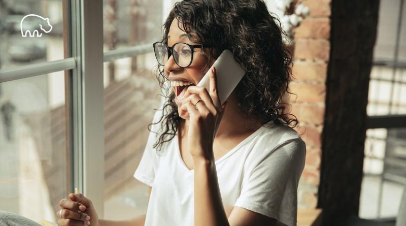ImmoPotam-immobilier-gestion-patrimoine-maison-appartement-neuf-vefa-logement-ancien-1p-2p-3p-4p-5p-16-femme-telephone-alternance-stage-interim-cdd-cdi-boulot-travail