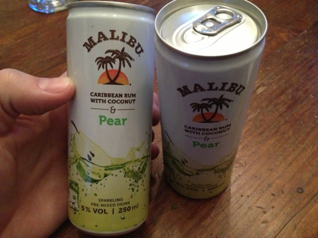 Mailbu_Pear_Can_Drinks