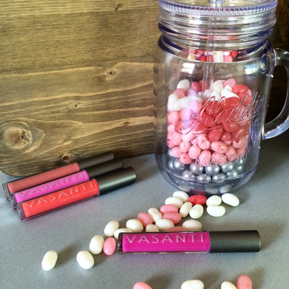 Vasanti_Cosmetics_Lipshine_PrizePack_Giveaway