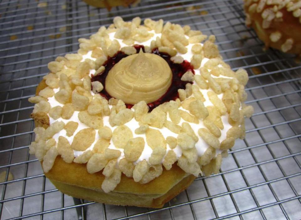 80s_doughnut