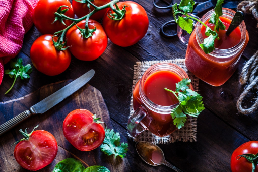 Tomato Juice Featured