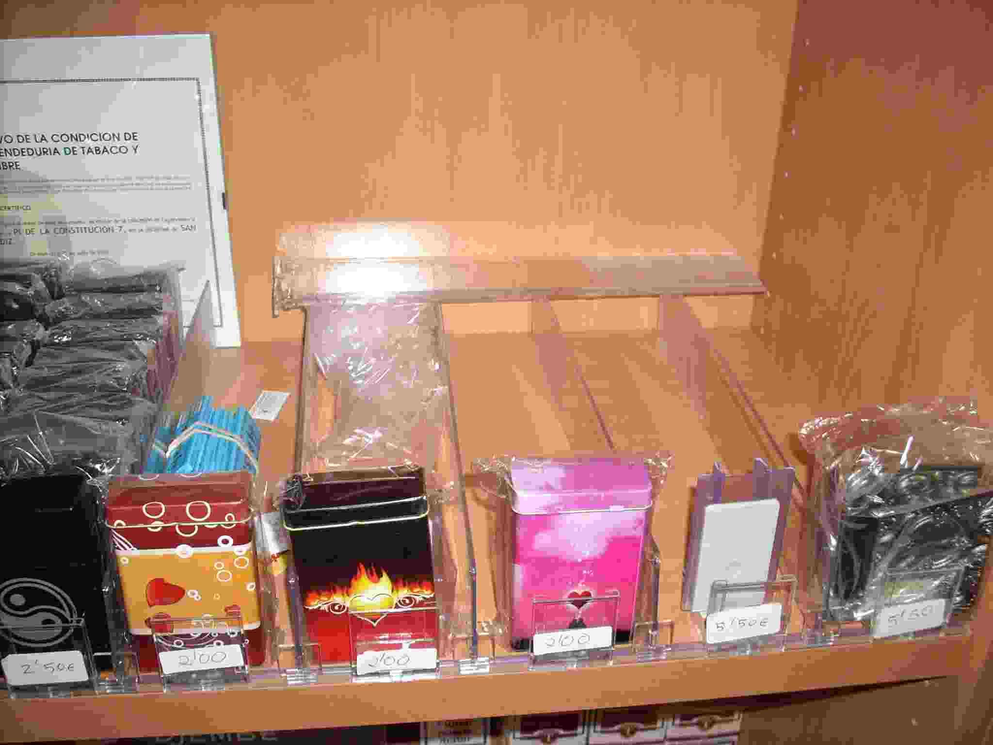 Empujadores de productos para estancos - IMOC.es