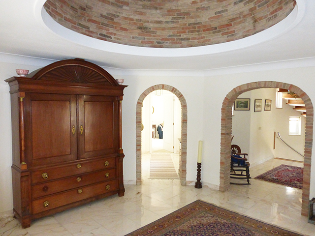 Monchique countryside villa with pool for sale