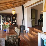 Renovated traditional portuguese house with guesthouse for sale