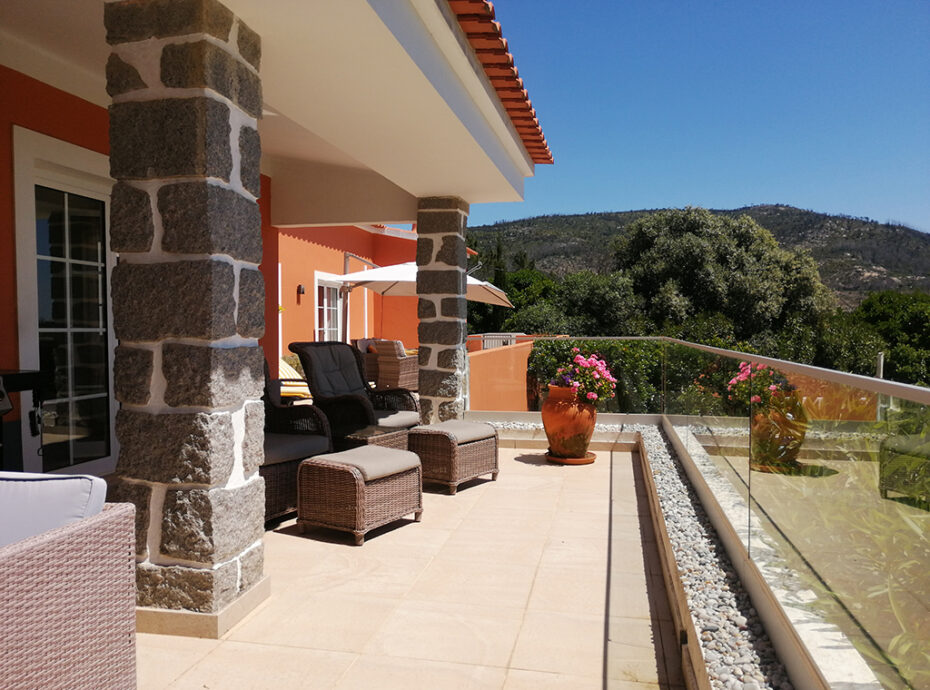 Real Estate Monchique villa with pool for sale