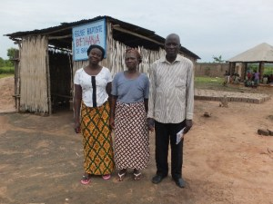pastor-tomety-wife-and-jp-worker