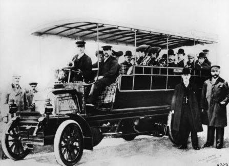 3. 1898 Daimler-Motoren-Gesellschaft first bus series