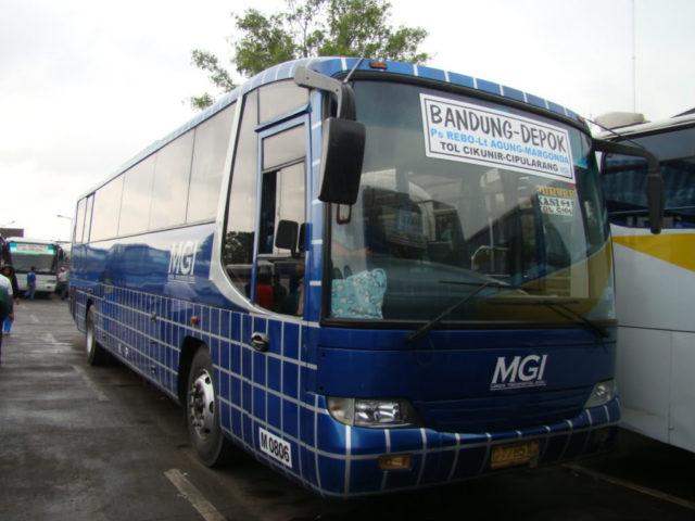 Mengenal Varian Bus Hino Bertransmisi Automatic Yang Beredar Di Indonesia