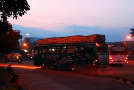 Bus - bus PO. PMTOH 10
