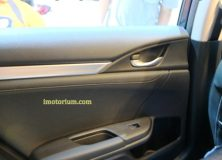 trim pintu, dominan hard plastic
