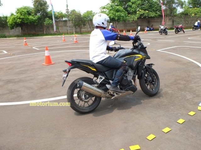 Safety Riding Wahana Honda – Jatake (221)